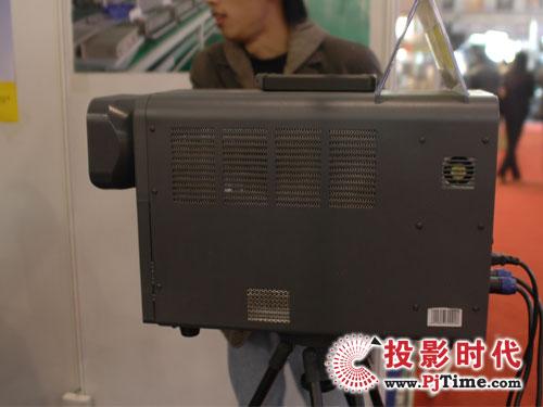 广电展:海威帮助广大农村构建流动影院