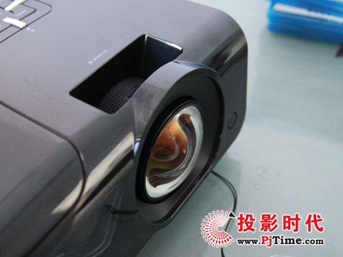 评测预告:丽讯D930TX短焦教育投影机