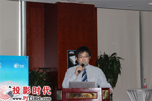 ask投影机销售总监杨俊在发布会上表示,ask回归国内投影市高清图片