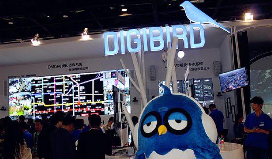 小鸟全4K拼接处理器,为大屏打开新视界