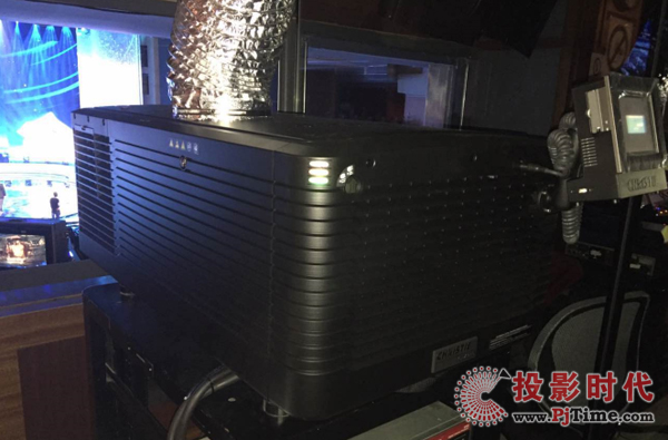 科视Christie CP2230 DLP数字电影机用于开幕片《烽火芳菲》的放映