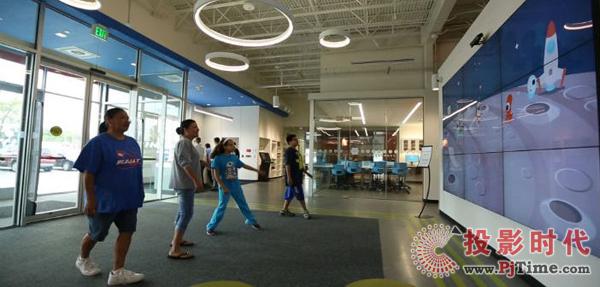 互动视频墙刷新内布拉斯加州图书馆参观体验