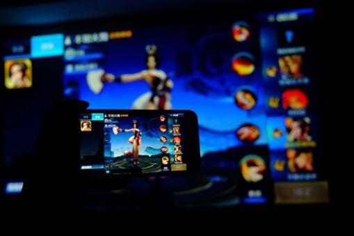 京东十点开秒 还有比这更便宜的1080P智能投影吗?