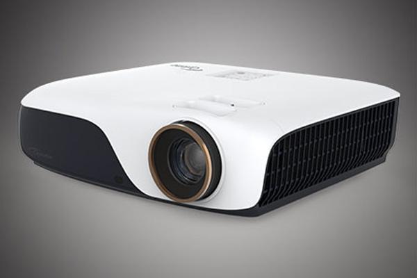 上了《亲爱的客栈》,奥图码ZH55激光家用投影机酷着呢