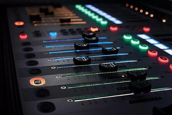 Soundcraft推出全新Vi1000数字调音台