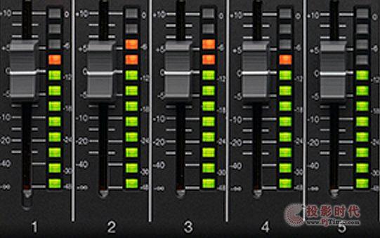 12通道 ZOOM LiveTrak L-12数字调音台