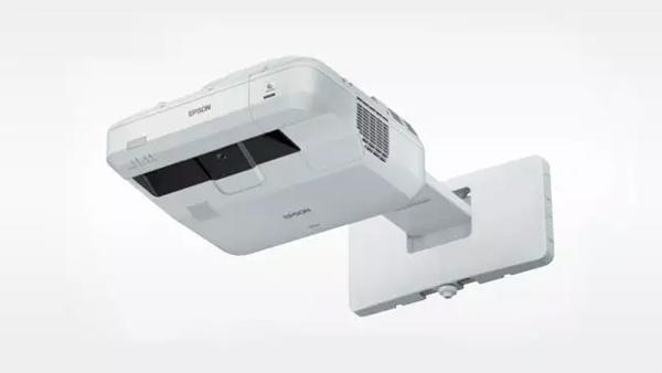 爱普生激光新品CB-700U 投出大屏时代