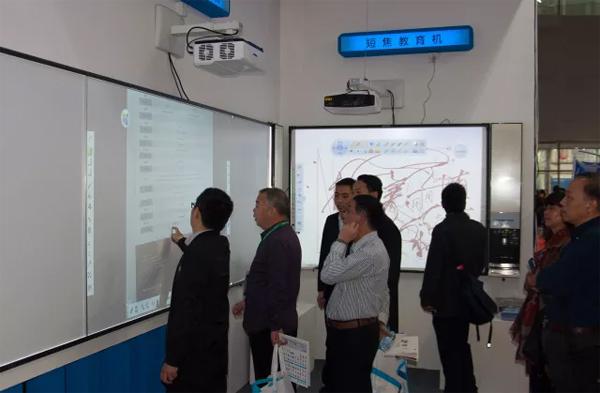 广州普教展,视美乐展现绿色、智慧教室解决方案