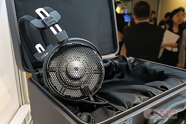 audio-technica ATH-ADX5000a.jpg