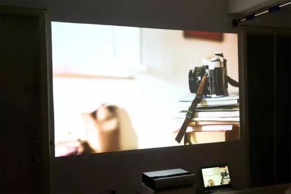 最具性价比坚果SC激光电视评测,高端家庭巨幕影院首选