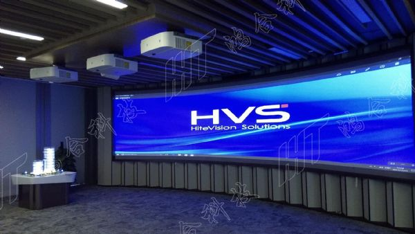 鸿合智能(HVS)再创新篇 实力促续约不断
