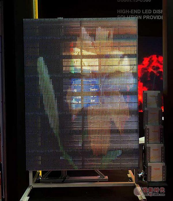 元亨光电小间距1.27亮相2018ISE展