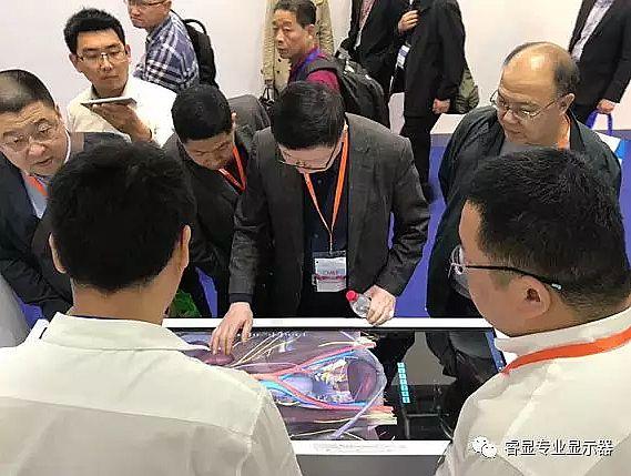 2018上海CMEF春季展 睿显医用显示器吸睛