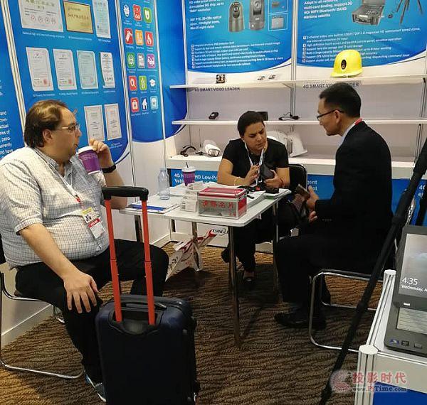 清新互联无线AI新品亮相香港消费电子展