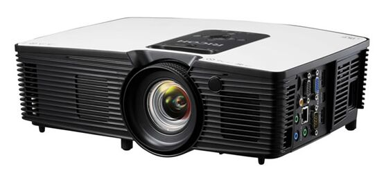 横跨商教两大领域!三大优势助理光PJ HD5900投影机广受好评