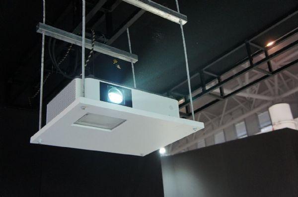 索尼盛装亮相第74届教育装备展示会