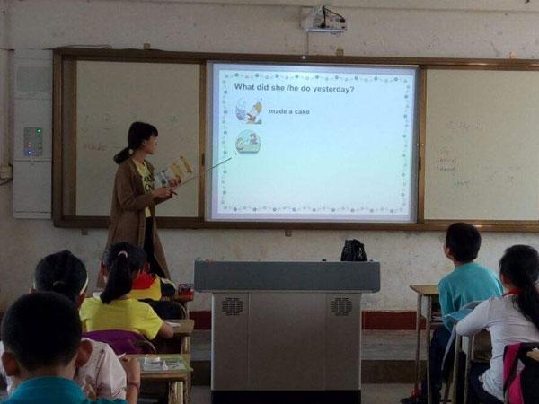 扣紧客户需求,用创新升级教学交互市场