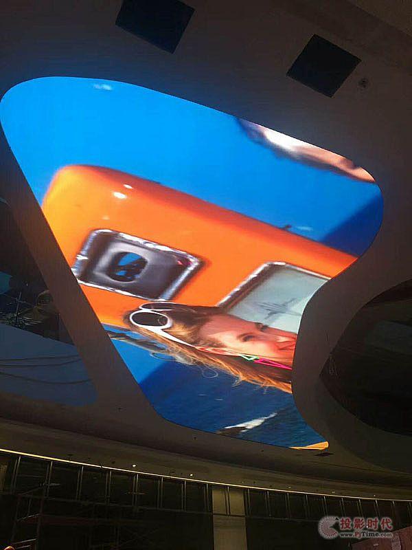 巴科LED天幕屏强势进驻惠州最繁华购物中心