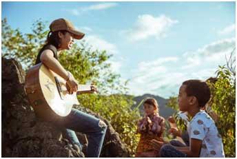 在大山中感受自然与音乐的结合