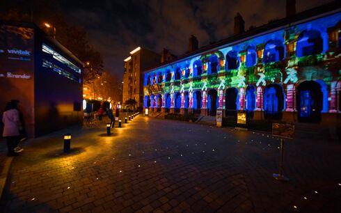 创新光影艺术融入传统建筑:Vivitek(丽讯)以3D外墙投影点亮思南公馆