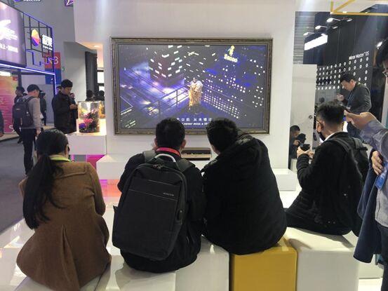以激光电视定义未来智能家居 坚果AWE 2019展台亮硬实力