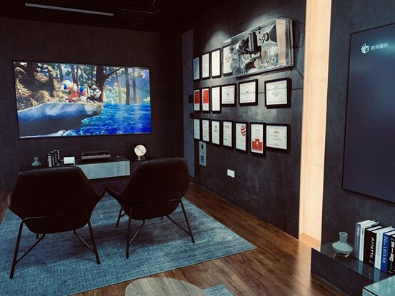 坚果激光电视多地苏宁门店418开业 消费生态全覆盖