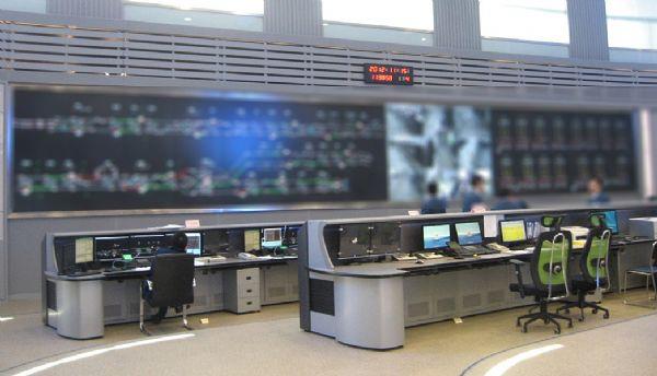 威创为杭州地铁建设的大屏系统
