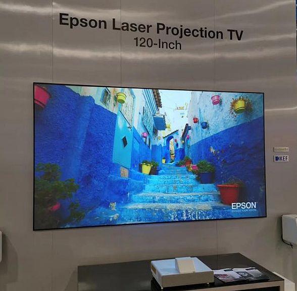 2000+亮度的激光电视已成鸡肋吗