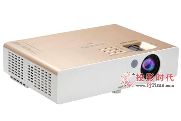 高亮商务投影机推荐松下PT-SX4000