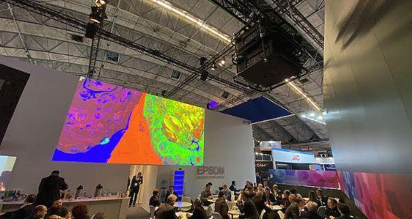 爱普生投影阵容和智能眼镜亮相ISE 2020