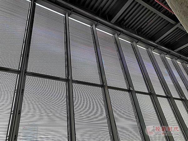 创思特共享云屏+灯条屏参加大屏幕显示百家讲坛
