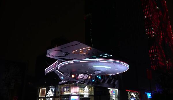 揭秘联建光电裸眼3D飞船巨幕全球爆红背后的故事!