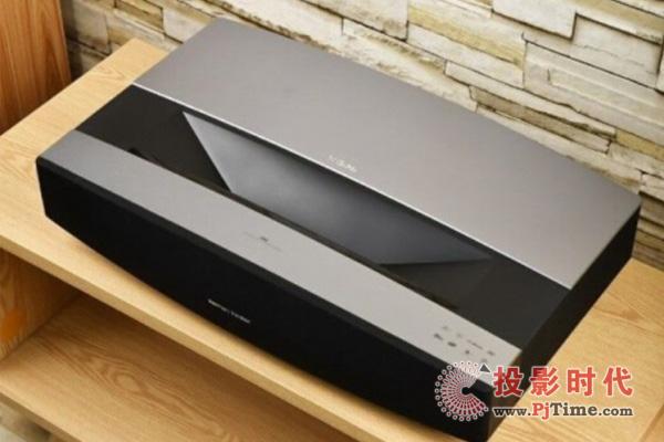 极米A2 Pro激光电视