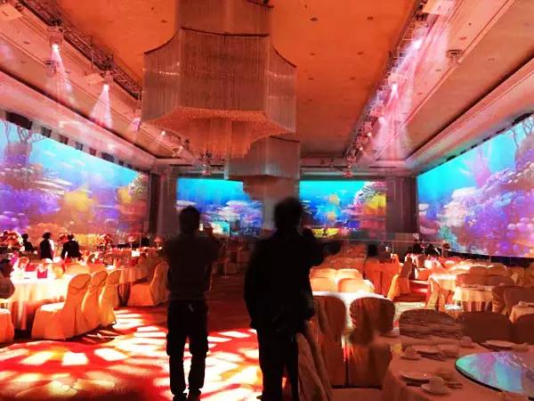 小间距LED激光投影,争锋沉浸宴会厅