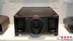 一台奔驰GLK售价&nbsp;索尼新高亮激光投影机<font color='#FF0000'>VPL-VW5000ES</font>