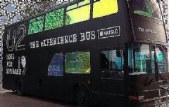 U2联合<font color='#FF0000'>Apple</font>Music举办VR体验巴士