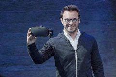 Oculus创始人卸任CEO:公司分裂为PC、移动两个方向