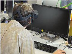 戴VR头盔工作一整天是什么体验?