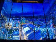 平安金融中心观光梯绽放LG OLED之美