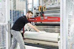 FraunhoferFEP开发超光滑聚合物薄膜新技术