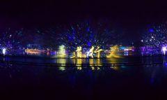 破世界纪录 NEC打造全球最大水幕投影