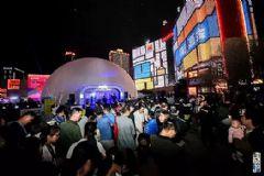 360°球幕之巅上演视觉穿越鸿合打造西安最IN时尚街区