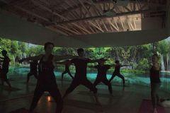 松下激光投影打造健康工作室沉浸体验