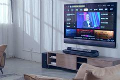 科技与美学的完美联名,这款电视不一般