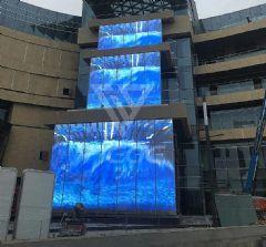 铁歌瀑布屏亮相苏州相城吾悦,打造隐形显示艺术之美