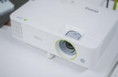 宽屏可侧投!明基BenQ新品E590智能投影机上市