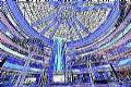 巨型LED瀑布惊艳亮相广州悦汇城
